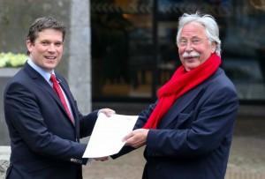 Wethouder de Heer Zwolle met Gerard Waanders