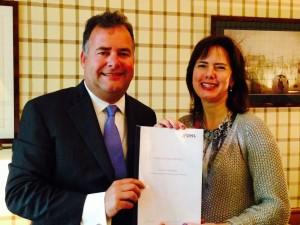 Cora van Nieuwenhuizen (VVD) met Hans Biesheuvel